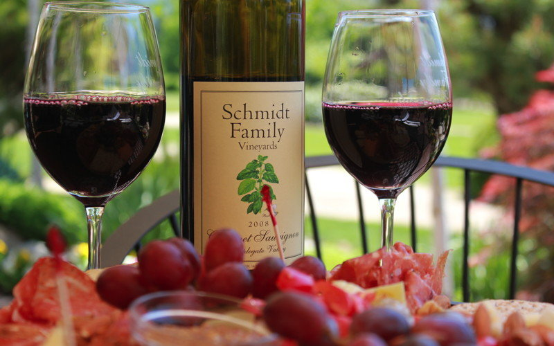 Wine and food presentation at Schmidt Family Vineyards